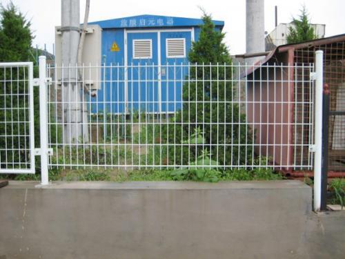双边护栏网案例