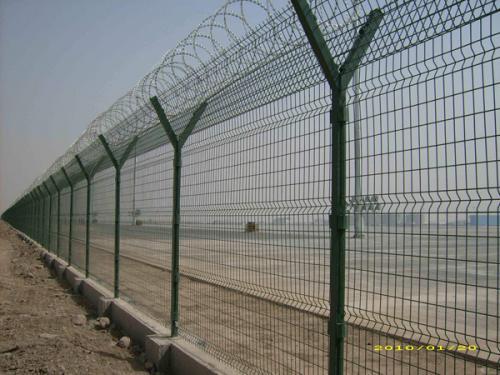 机场护栏网案例